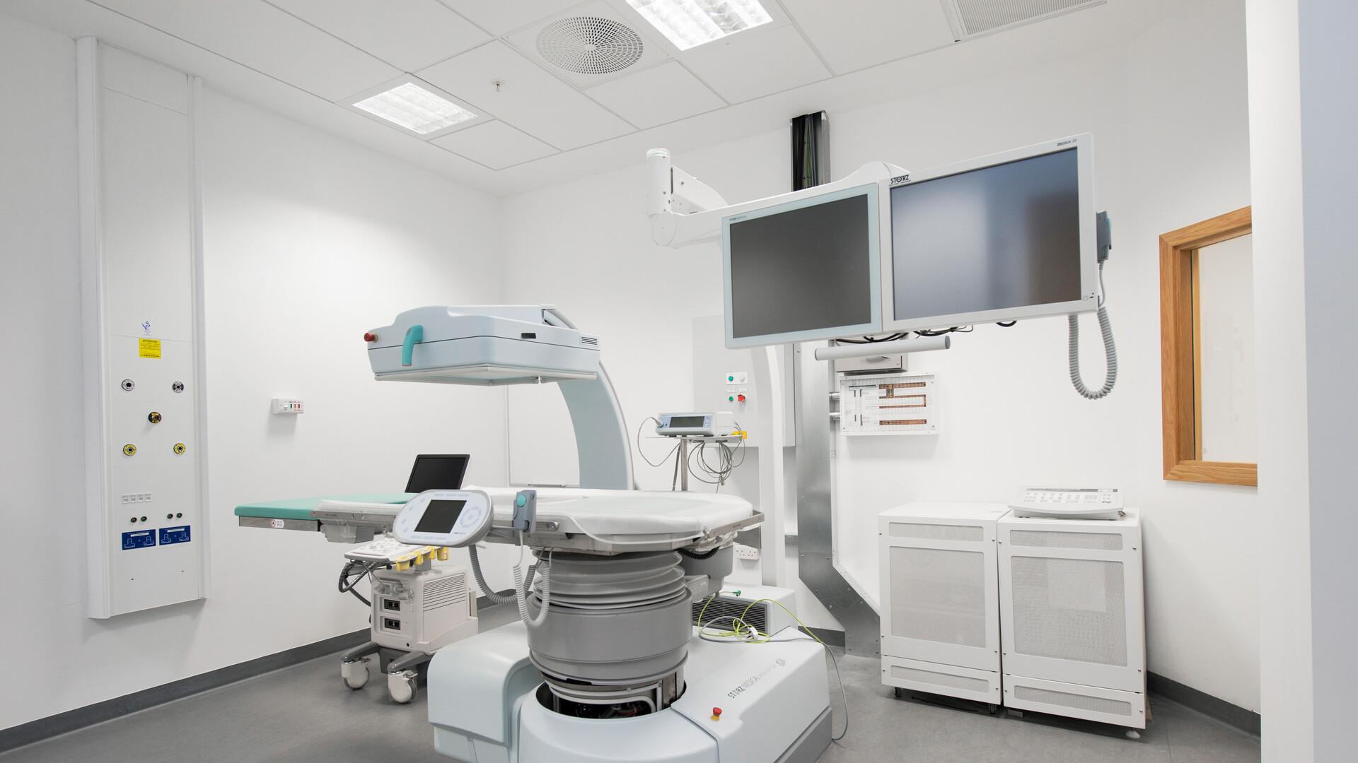Nabízené produkty: Rockfon® MediCare® Plus, 600 x 600